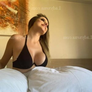Zina massage sexe à Betton