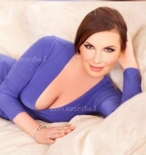 Lorenne ladyxena massage escort girl